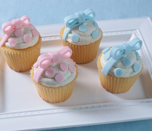 Awesome Polka Dot Cupcakes