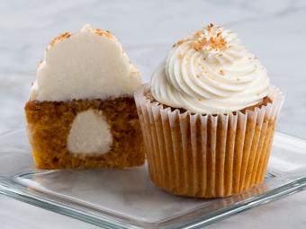 31026-kimberleys-gourmet-carrot-cake-cupcakes-beauty-shot-r1