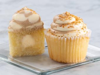 31086-kimberleys-gourmet-maple-pecan-cupcakes-beauty-shot-r1